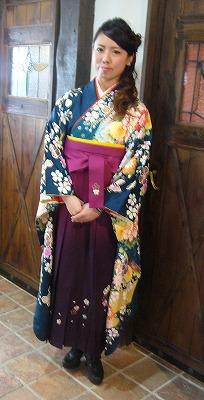 袴の着付けとセットメーク その2_a0123703_1904176.jpg