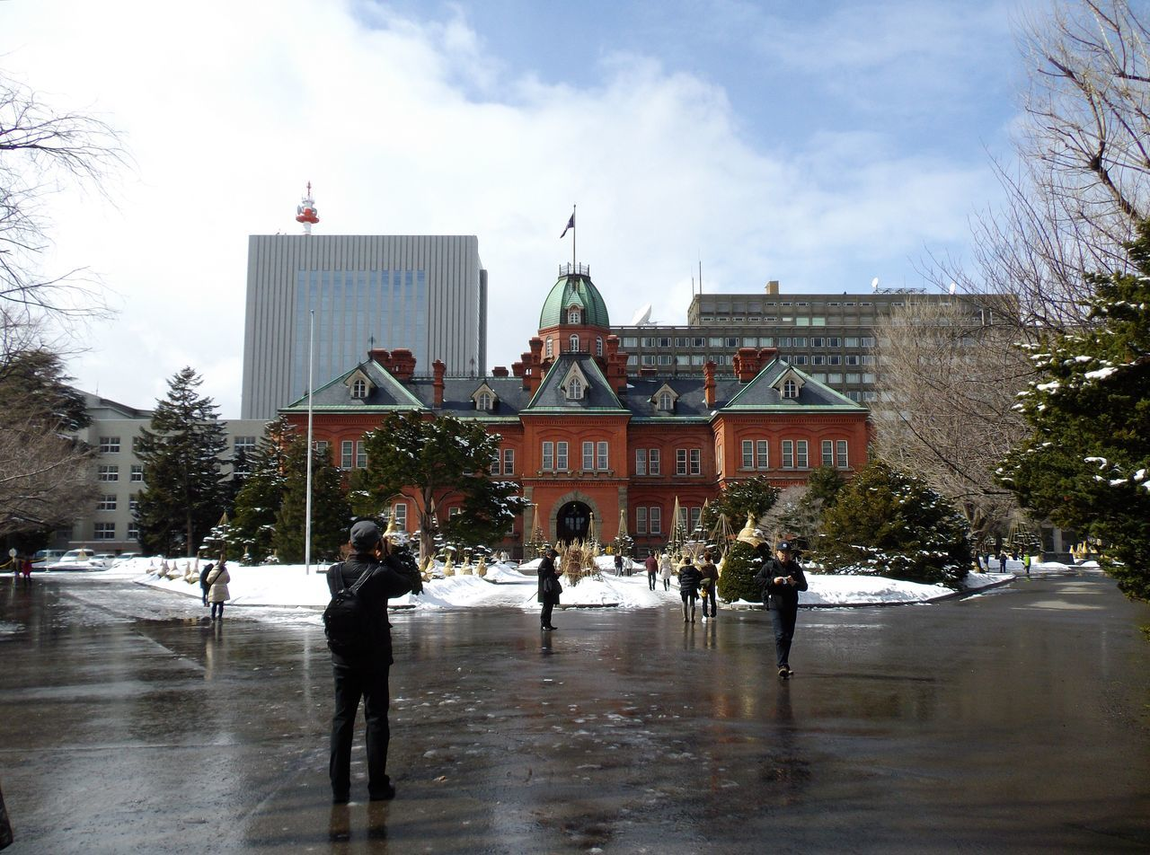 冬と春が同居する札幌_c0025115_21411398.jpg