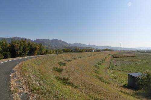 15日は朝サイクリング・・・『木津川のんびりポタリング』にします_b0332867_01082435.jpg