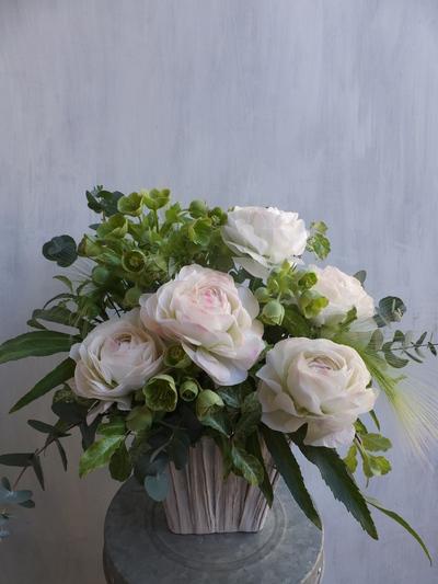 オークリーフ(お悔やみの花、春の草花で・・)_f0049672_1136462.jpg