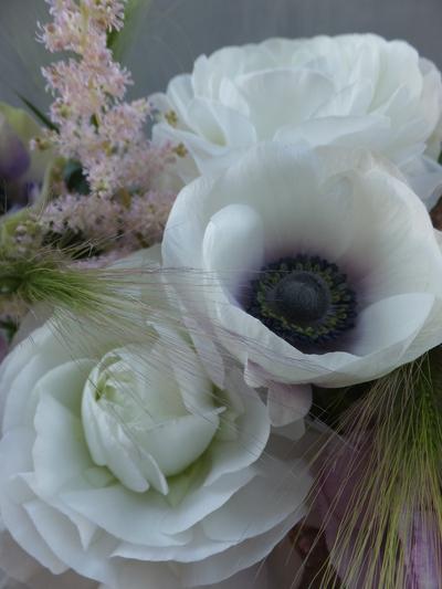 オークリーフ(お悔やみの花、春の草花で・・)_f0049672_1138697.jpg