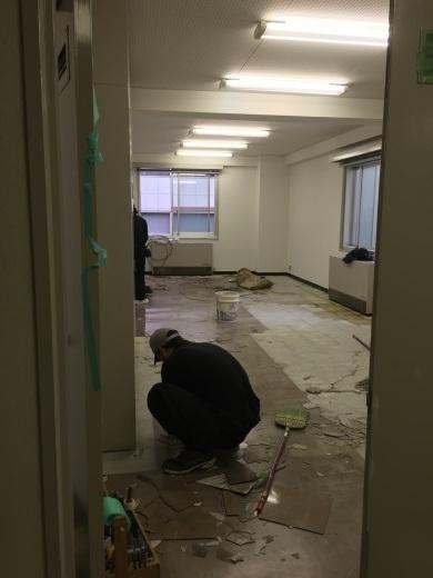 ビルの改修工事_f0052181_11103526.jpg