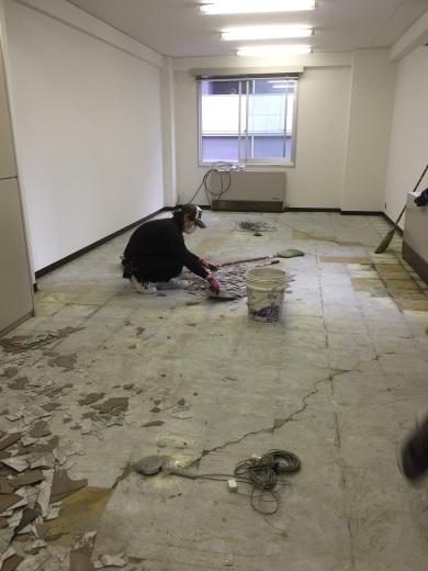 ビルの改修工事_f0052181_12105268.jpg
