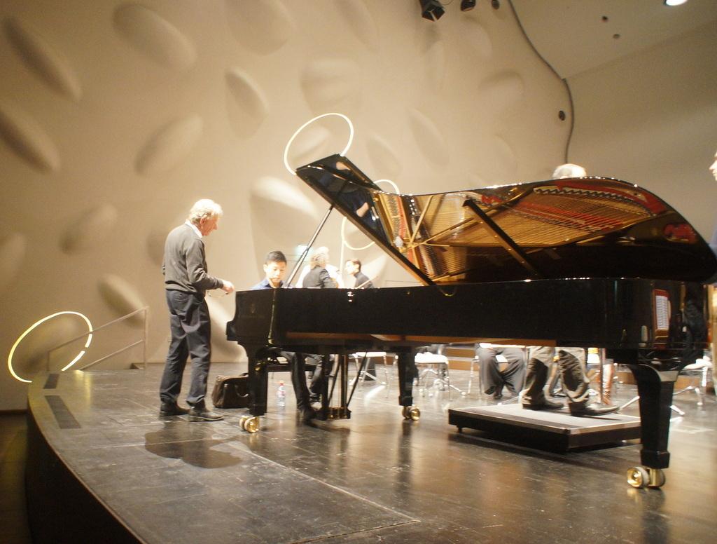 NKOPコンサート@NikolaiSaal Potsdam_c0180686_19422412.jpg