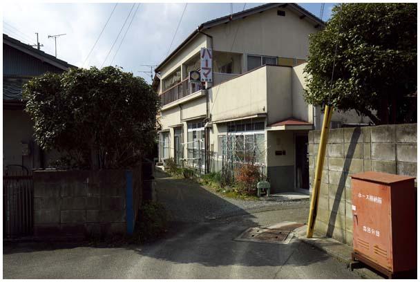 丸福アパート_d0272207_1520545.jpg
