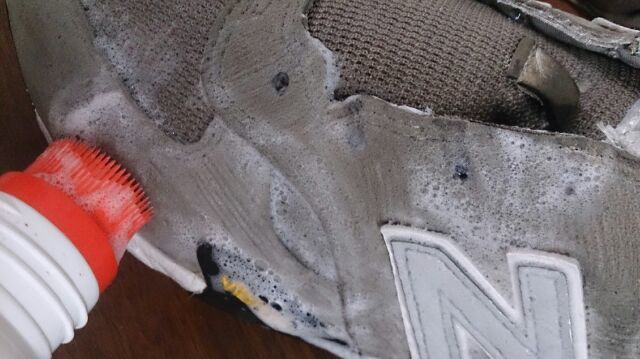 スニーカーは意外と簡単に洗えます!_b0226322_14214226.jpg