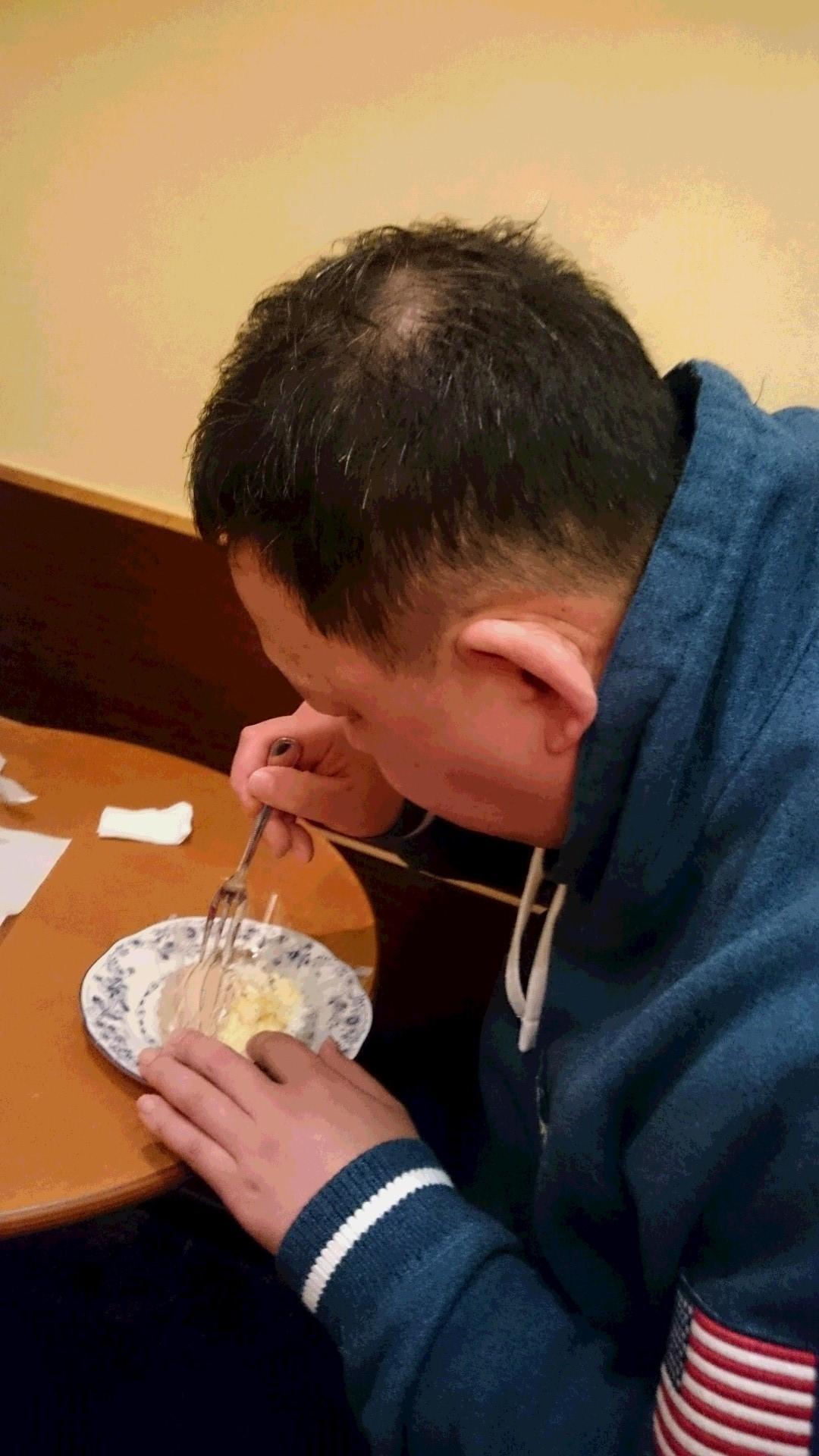 本日焼き肉 「食べちゃー」です。。_f0065444_2032945.jpg