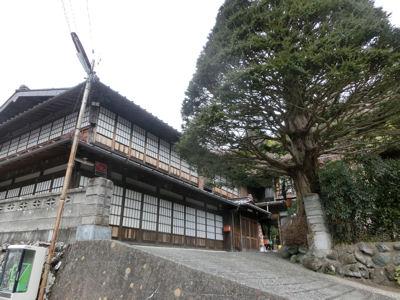 赤沢宿「江戸屋」の女将さん_f0019247_2339671.jpg