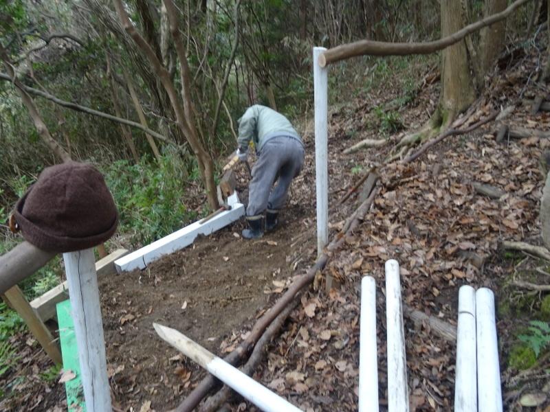 コクランの道作り本格的に始まった in うみべの森_c0108460_16202973.jpg