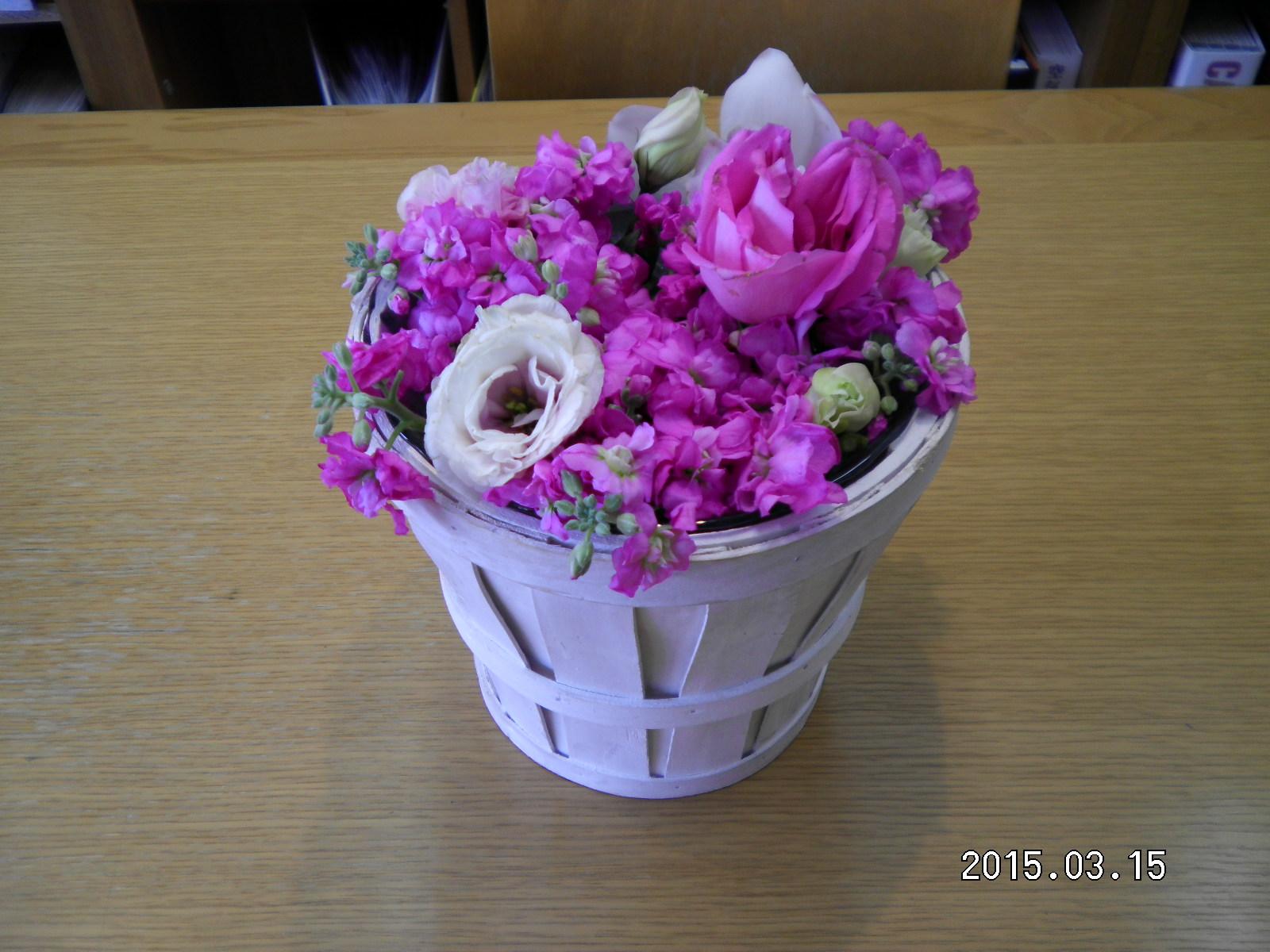 たくさんのお祝いのお花_e0190287_13255114.jpg