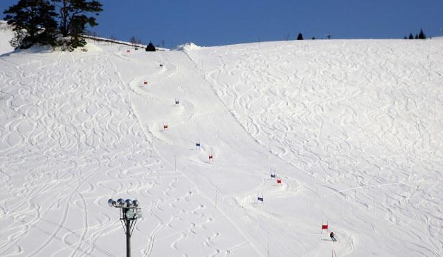 スキー場はまだ大丈夫!_a0214206_08465904.jpg