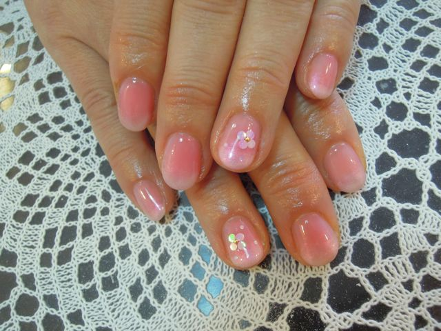 Pink Flower Nail_a0239065_1335990.jpg