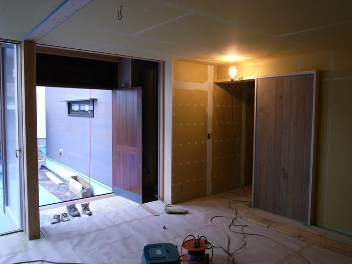 1F木工事完了、続いて塗装工事_d0332870_20511656.jpg