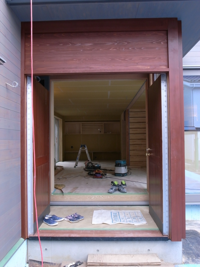 1F木工事完了、続いて塗装工事_d0332870_20513289.jpg