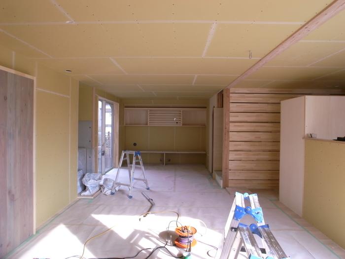 1F木工事完了、続いて塗装工事_d0332870_20591796.jpg
