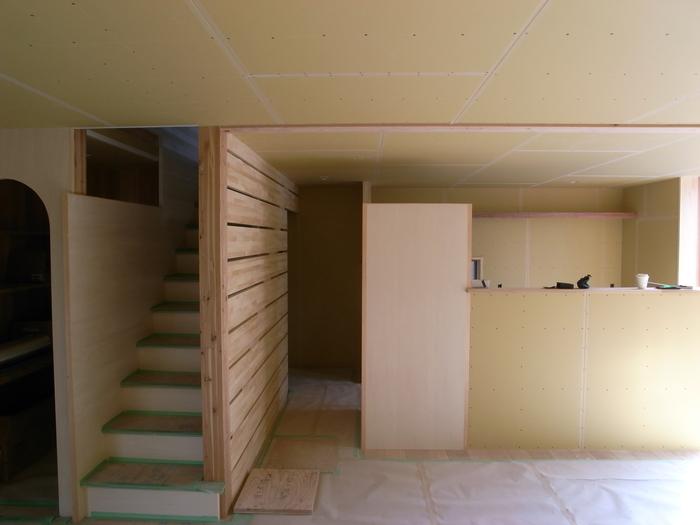 1F木工事完了、続いて塗装工事_d0332870_20594650.jpg