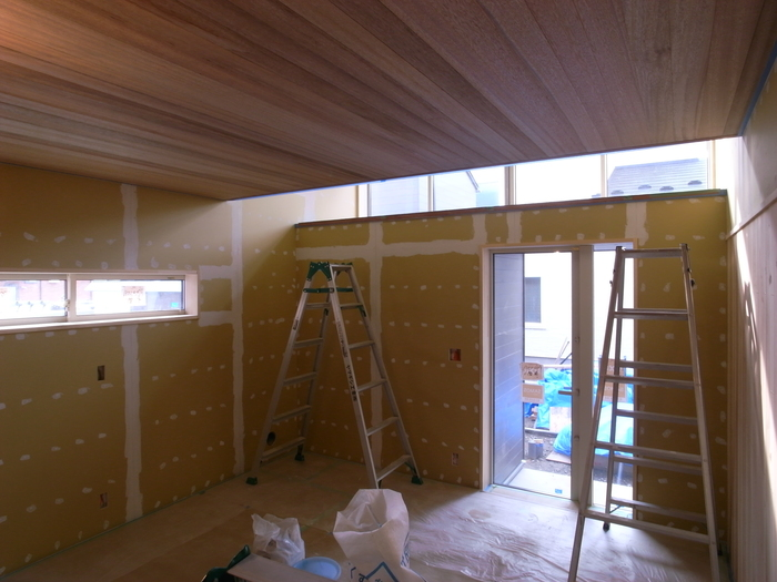 1F木工事完了、続いて塗装工事_d0332870_2110458.jpg