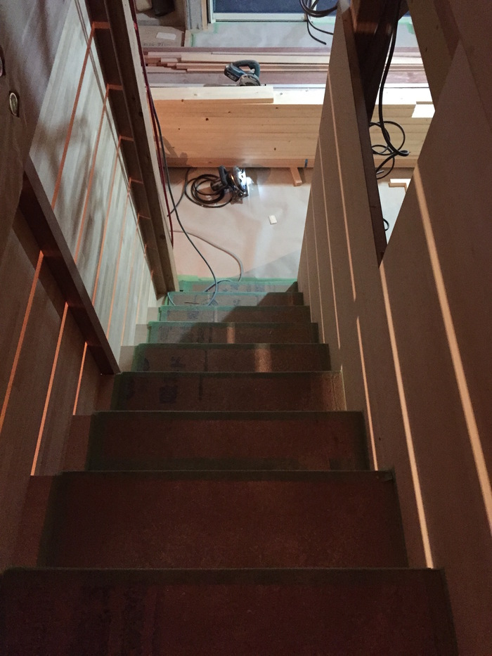 1F木工事完了、続いて塗装工事_d0332870_2122262.jpg