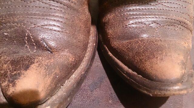 ブーツを仕舞う前にするべきことは!?_b0226322_12403844.jpg