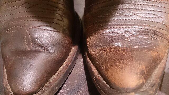 ブーツを仕舞う前にするべきことは!?_b0226322_12471080.jpg