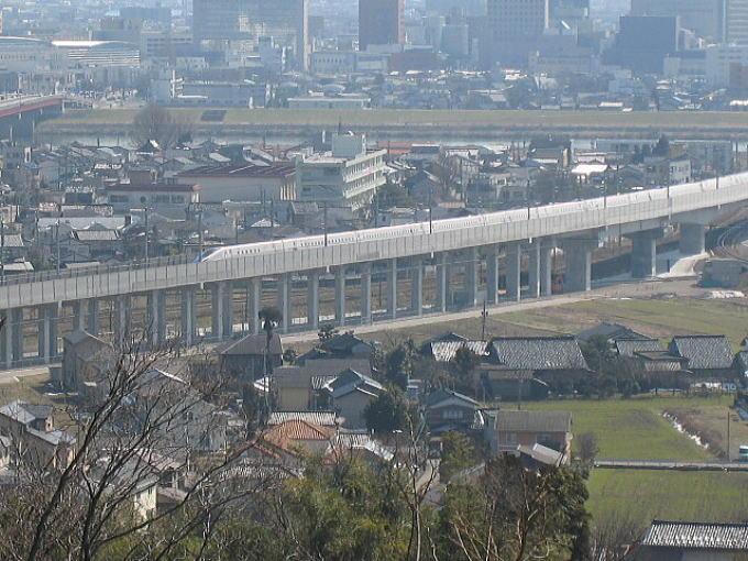 新幹線・・・・_b0189573_1124110.jpg