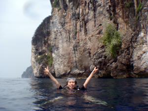 ピピ島で久しぶりのダイビングを満喫!_f0144385_8393970.jpg