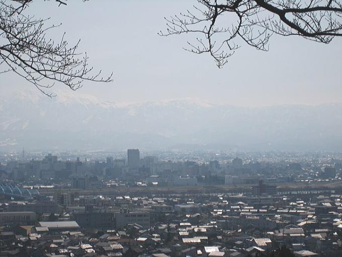 立山連峰・・・_b0189573_16192292.jpg