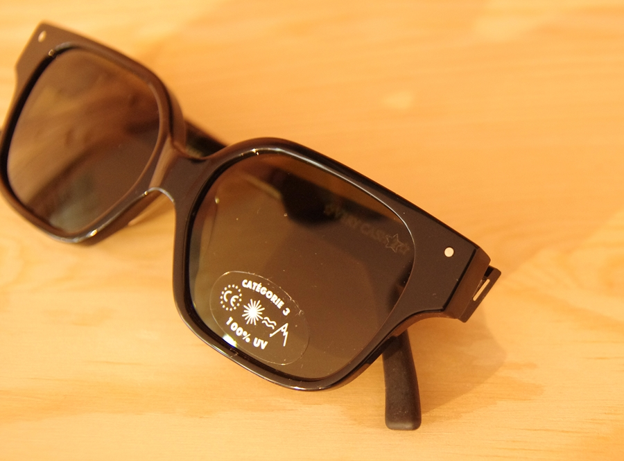 「VERY FRENCH GANGSTERS sunglasses」_f0208675_19203475.jpg