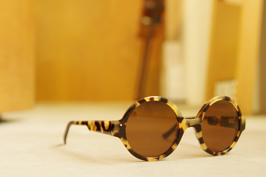 「VERY FRENCH GANGSTERS sunglasses」_f0208675_19212250.jpg