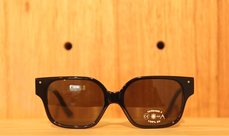「VERY FRENCH GANGSTERS sunglasses」_f0208675_19215596.jpg