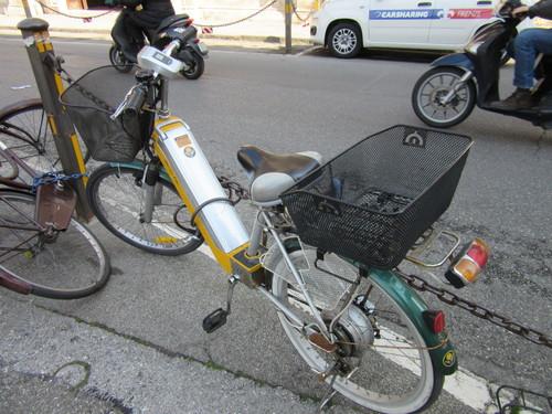 先日起きた事件ーー自転車を破壊された夜のこと!_c0179785_63982.jpg