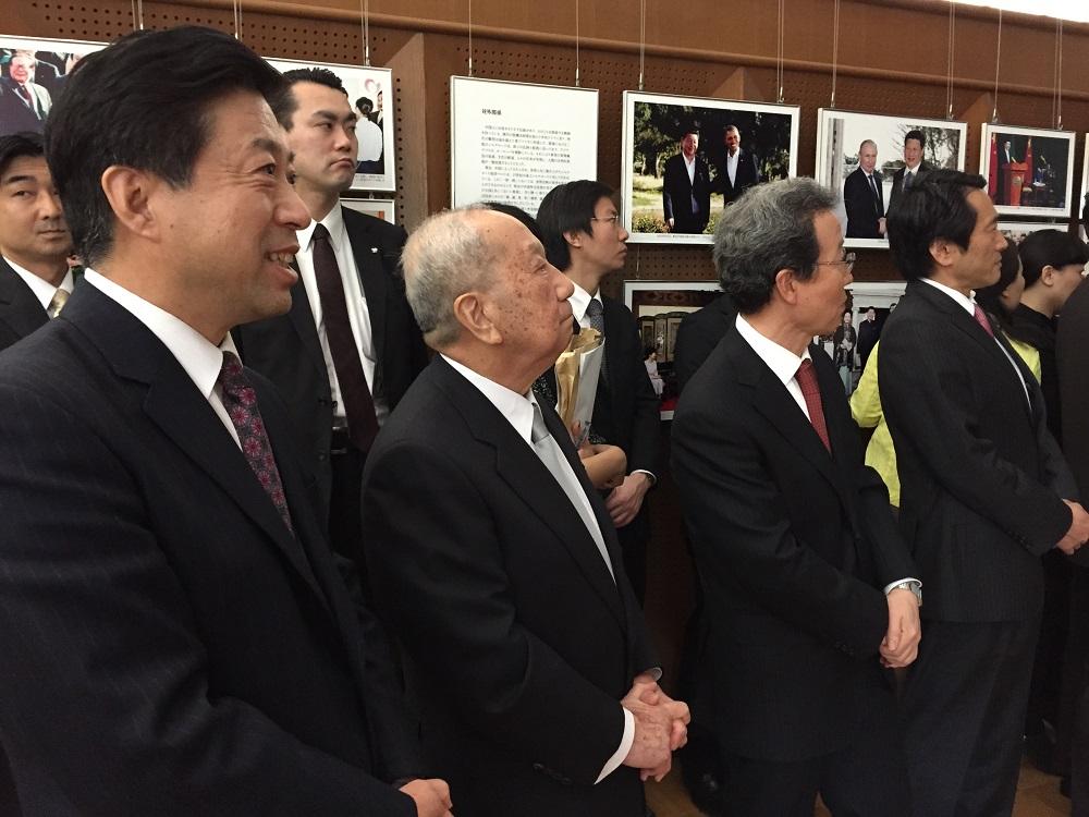 速報。中国大使館主催の中日記者交換五十周年記念レセプション、先ほど東京で開催_d0027795_1545168.jpg