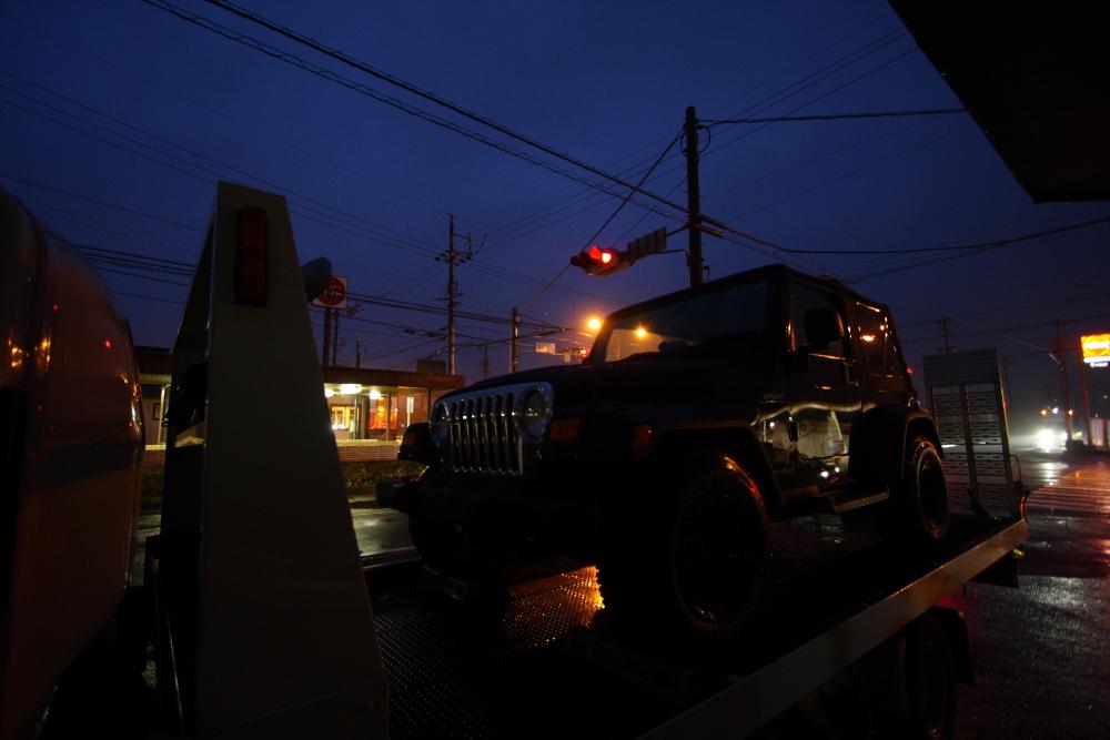 東京納車完了 新入庫グランドチェロキー_f0105425_1738822.jpg