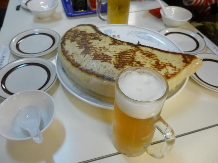 「神楽坂飯店」のジャンボ餃子を食べる。_f0232060_1440974.jpg