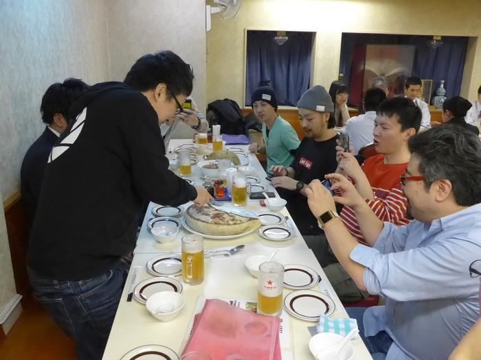 「神楽坂飯店」のジャンボ餃子を食べる。_f0232060_14472431.jpg