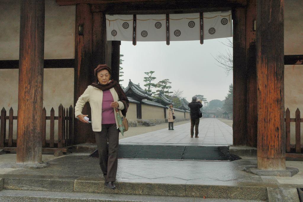 ⑬法隆寺を訪ねて_a0148206_8403138.jpg