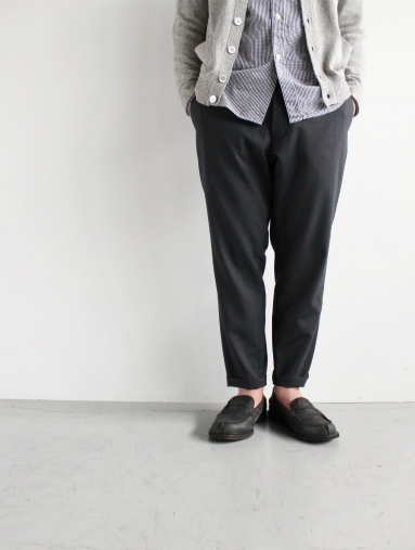 Honor gathering  Boil Smooth Wool Strech Tropical Easy Trousers_b0139281_18263736.jpg
