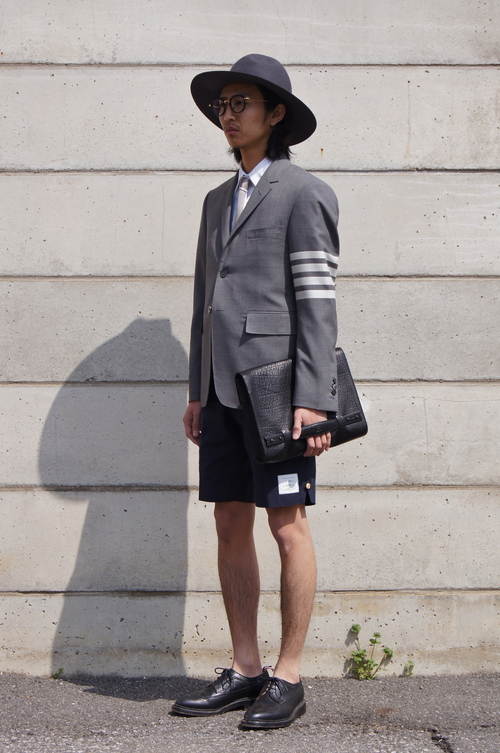 THOM BROWNE. - GREY & NAVY..._c0079892_20524128.jpg