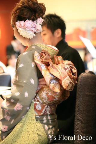 桜柄のお着物に生花のヘッドドレス & 贈呈用リース_b0113510_22545561.jpg