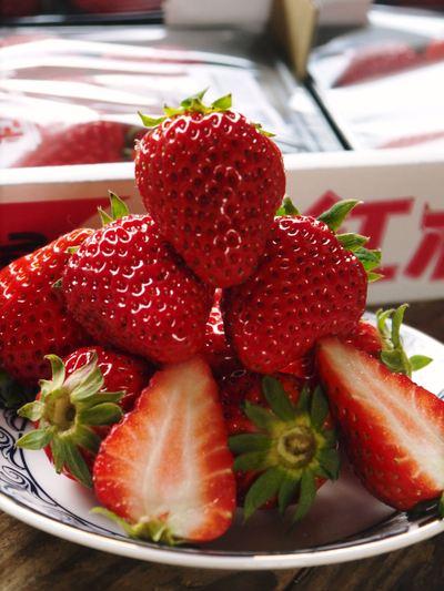 完熟紅ほっぺ 美味さを求めた完熟イチゴと安全を追求した減農薬へのこだわり_a0254656_20162313.jpg