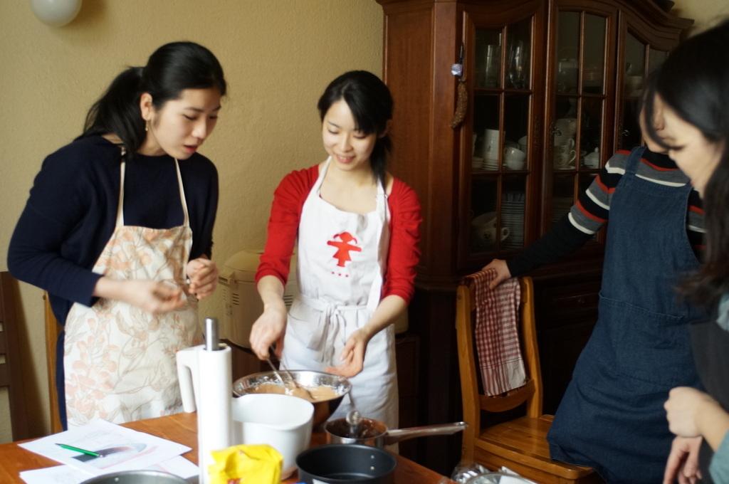 ケーキ教室。_c0180686_09221403.jpg