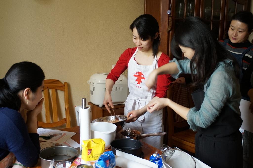 ケーキ教室。_c0180686_09224819.jpg