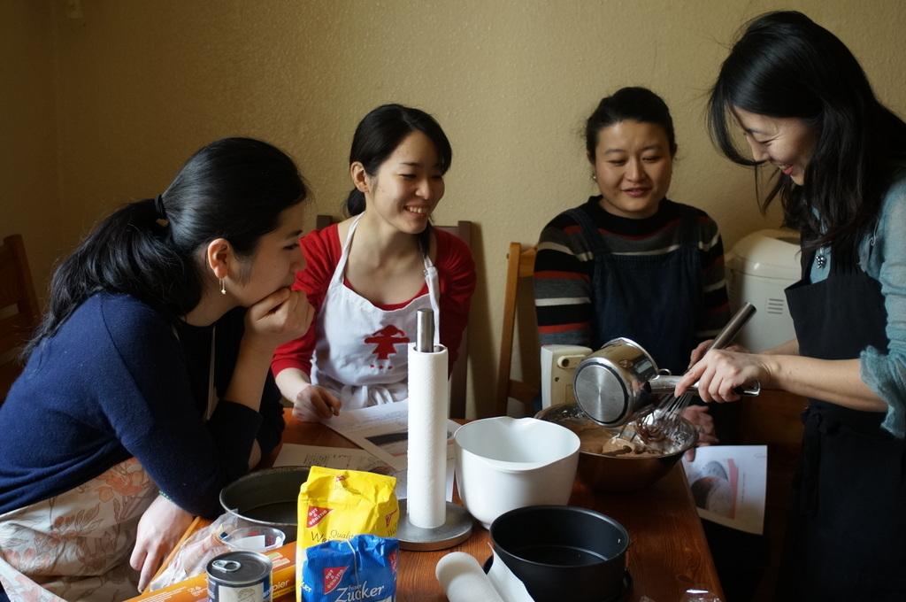 ケーキ教室。_c0180686_09232615.jpg
