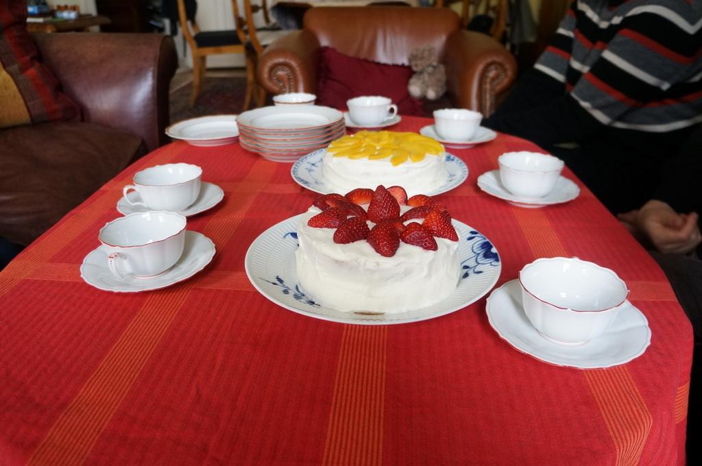 ケーキ教室。_c0180686_09250392.jpg