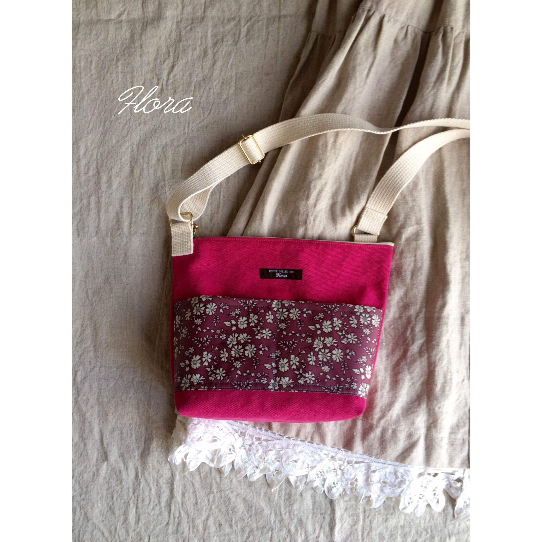 ピンク帆布で斜めがけバッグ作りました!_c0247253_1018505.jpg