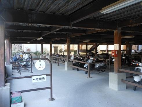 安登駅駐輪場、4月から無料_e0175370_1581668.jpg