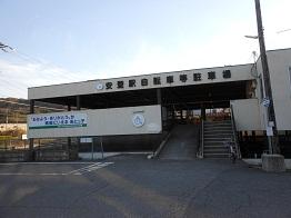 安登駅駐輪場、4月から無料_e0175370_1591768.jpg