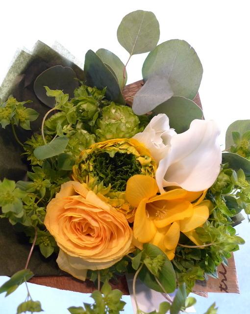 送別用の花束。女性用。6つ感じ変えて。東札幌の、送別会のお店にお届け。_b0171193_20024983.jpg