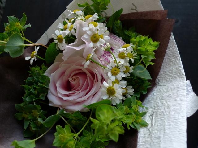 卒業用の花束。8種。_b0171193_20180129.jpg