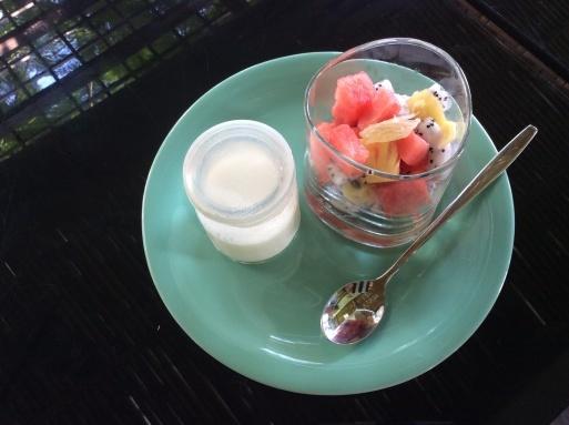 Hoianの朝ごはんは身体に優しい_b0210699_00340864.jpg